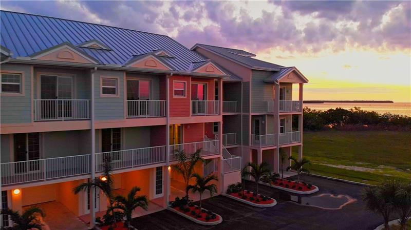 3260  MANGROVE POINT,  RUSKIN, FL