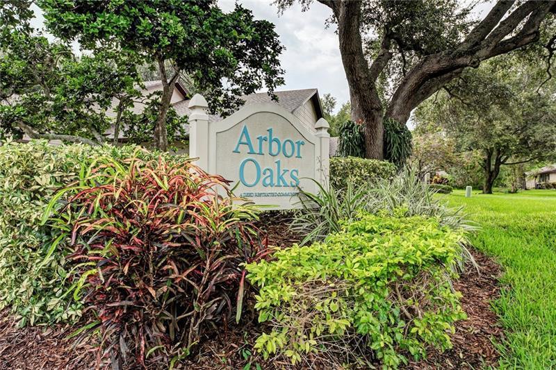 6802 ARBOR OAKS DR, BRADENTON, FL, 34209