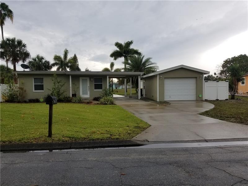 124  MARTIN,  PORT CHARLOTTE, FL