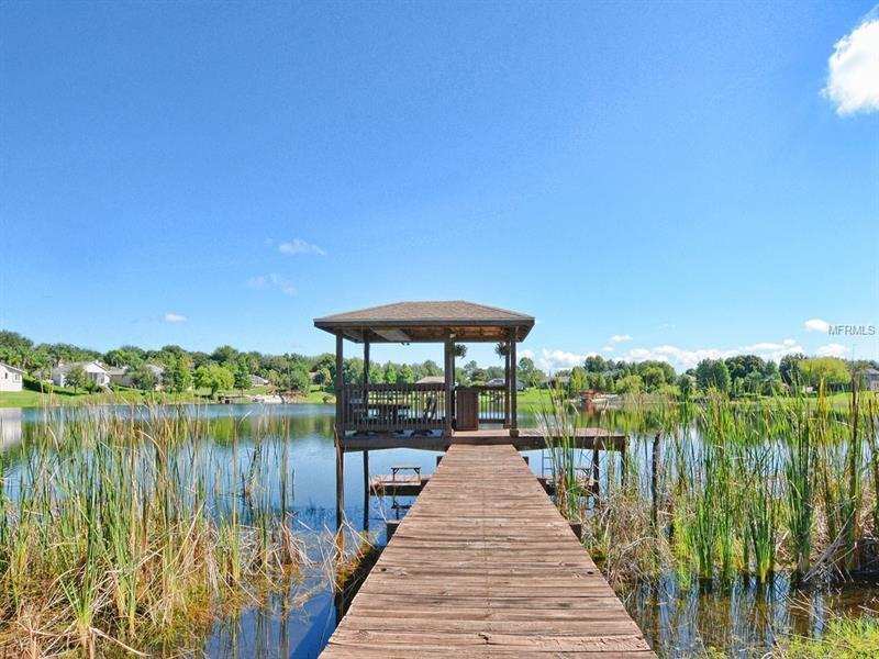 G4844753 Clermont Waterfront Homes, Single Family Waterfront Homes FL
