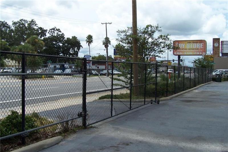 556 W INTERNATIONAL SPEEDWAY, DAYTONA BEACH, FL, 32114
