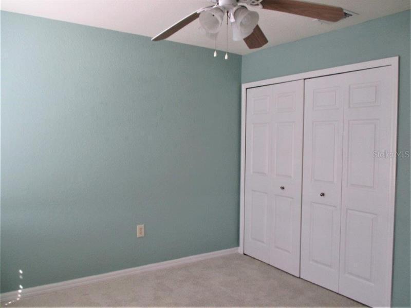 8222 N EAGLES PARK, ST PETERSBURG, FL, 33709
