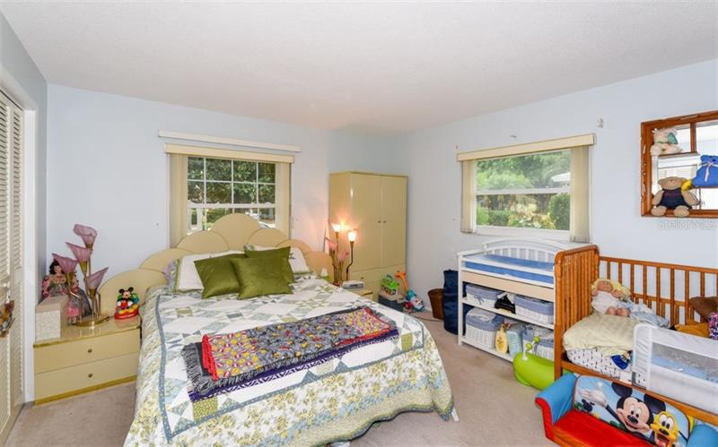 Photo of 7452 W  Country Club Drive (A4184187) 17