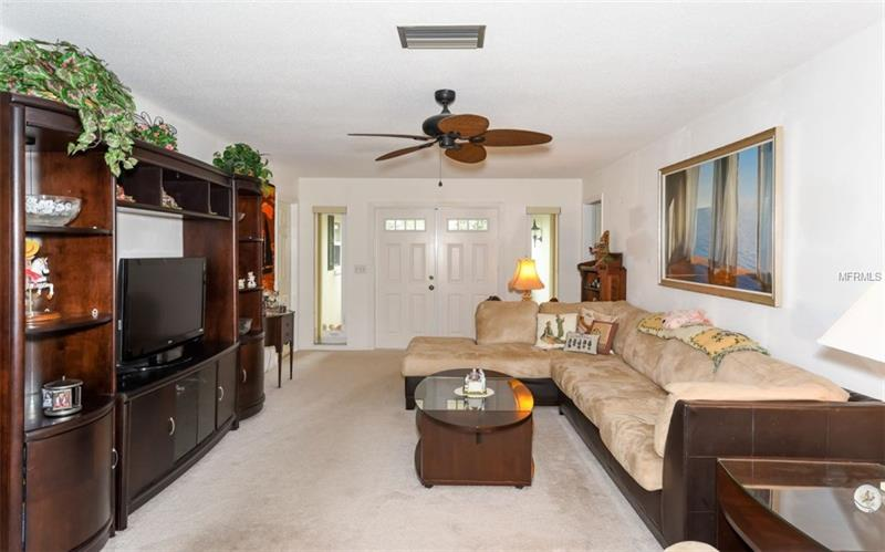 Photo of 7452 W  Country Club Drive (A4184187) 4