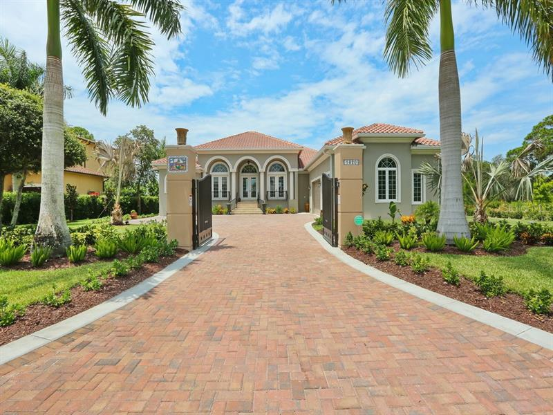 LEMON BAY ESTATES
