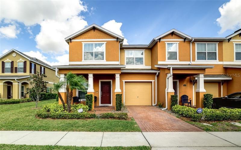 O5566687 Orlando Waterfront Condos, Condo Buildings, Condominiums FL