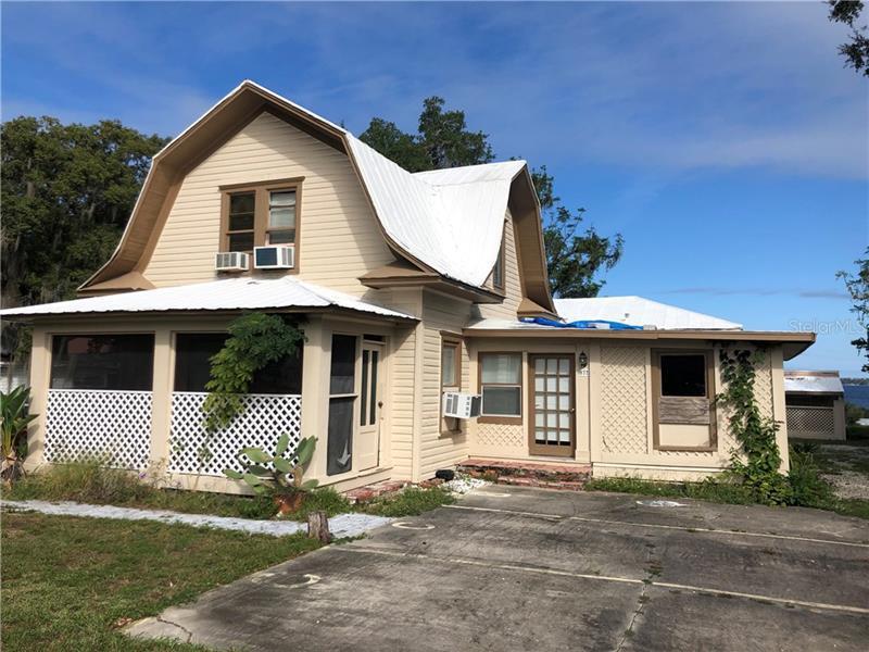872 W MINNEOLA,  CLERMONT, FL
