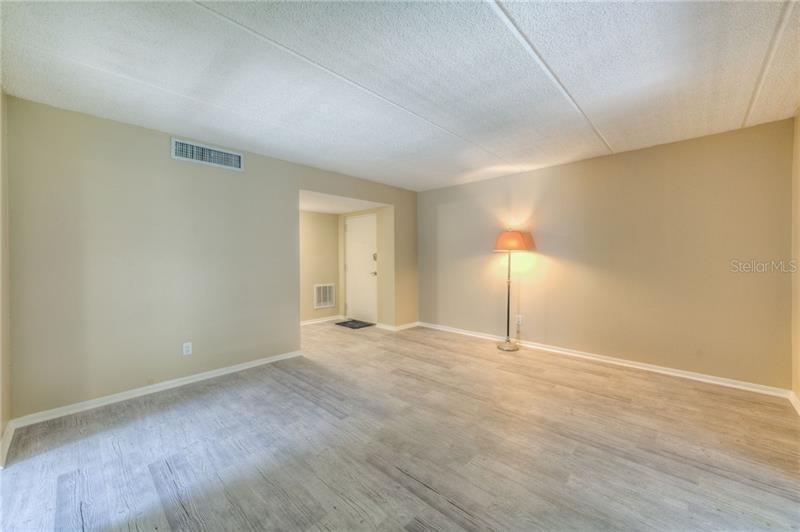 1121 N 84TH B, ST PETERSBURG, FL, 33702
