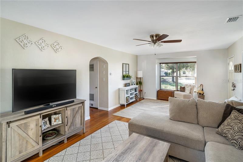 6087 N 5TH, ST PETERSBURG, FL, 33710