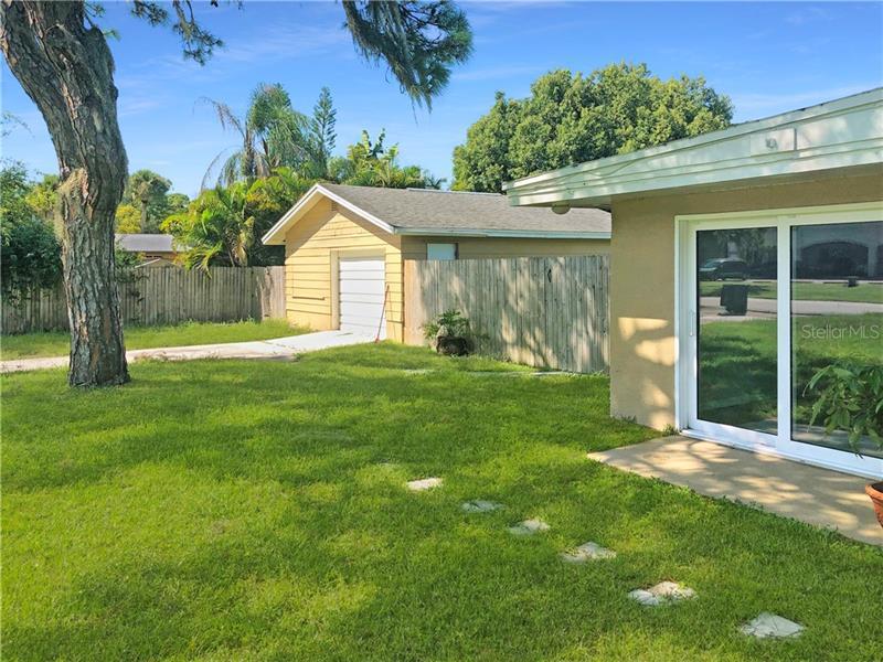898 PINE, ENGLEWOOD, FL, 34223