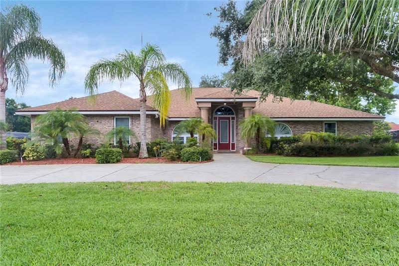 O5700288 Clermont Waterfront Homes, Single Family Waterfront Homes FL