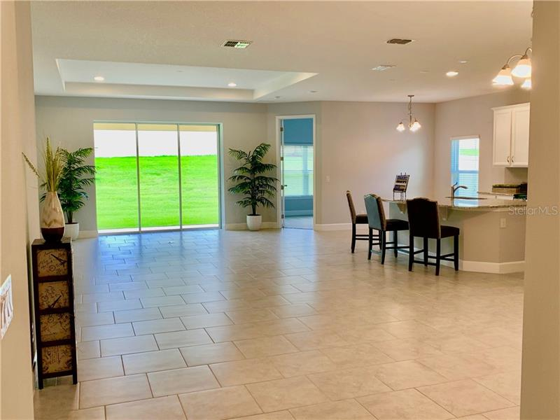 707 CALABRIA, HOWEY IN THE HILLS, FL, 34737