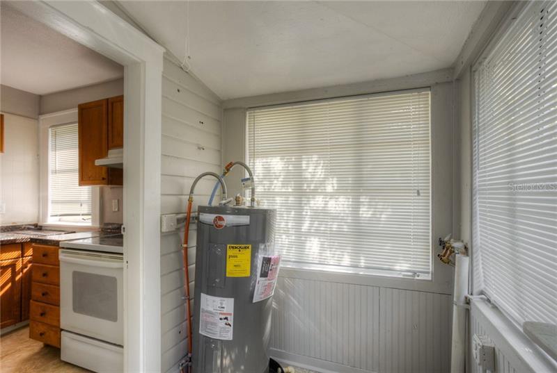 6727 N LIVINGSTON 1, ST PETERSBURG, FL, 33702