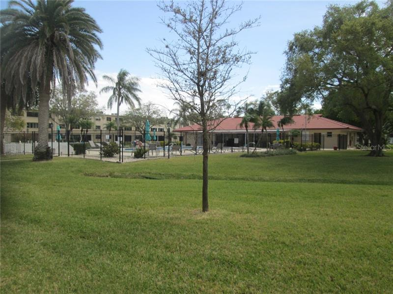 5095 NE BAY 203, ST PETERSBURG, FL, 33703