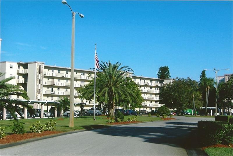 3840  IRONWOOD,  BRADENTON, FL