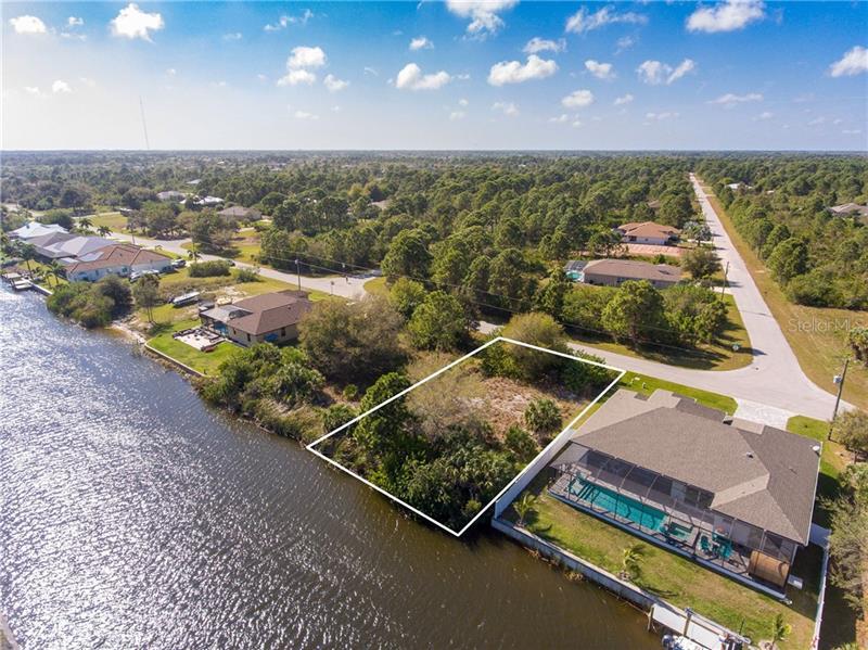 8362  SANTA CRUZ,  PORT CHARLOTTE, FL