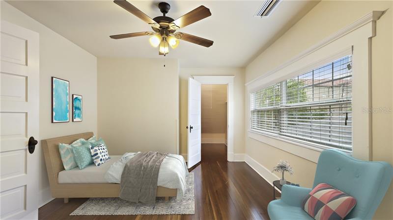 556 N 3RD, ST PETERSBURG, FL, 33701