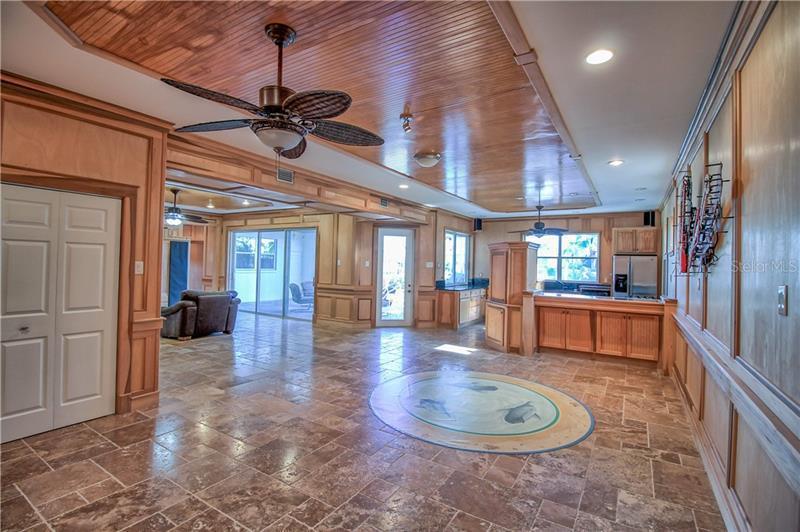 1004 SYMPHONY ISLES, APOLLO BEACH, FL, 33572