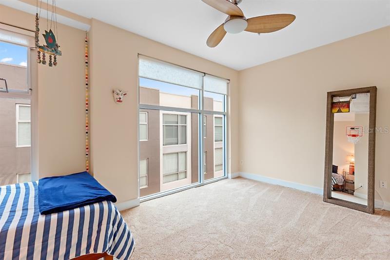 325 S 5TH 11, ST PETERSBURG, FL, 33701