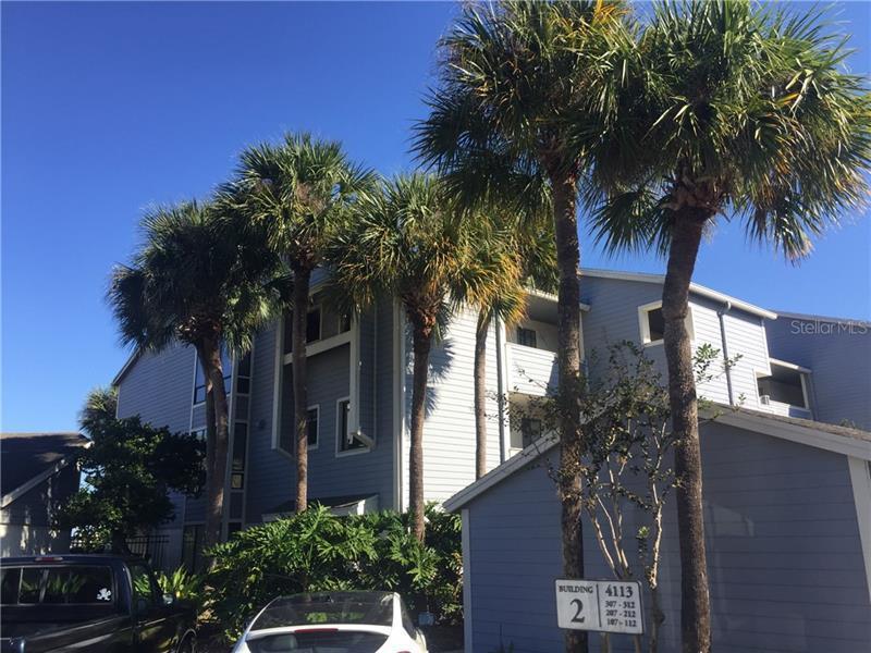 O5544723 Orlando Waterfront Condos, Condo Buildings, Condominiums FL