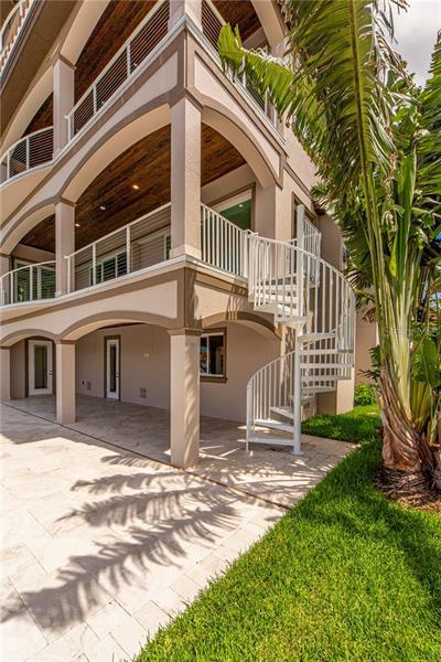 15 S BAYFRONT, ST PETERSBURG, FL, 33711