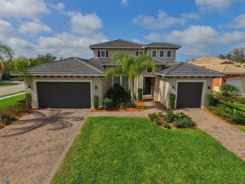 928  MANGROVE EDGE,  BRADENTON, FL