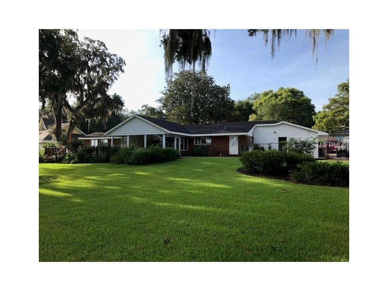 G4845390 Clermont Waterfront Homes, Single Family Waterfront Homes FL