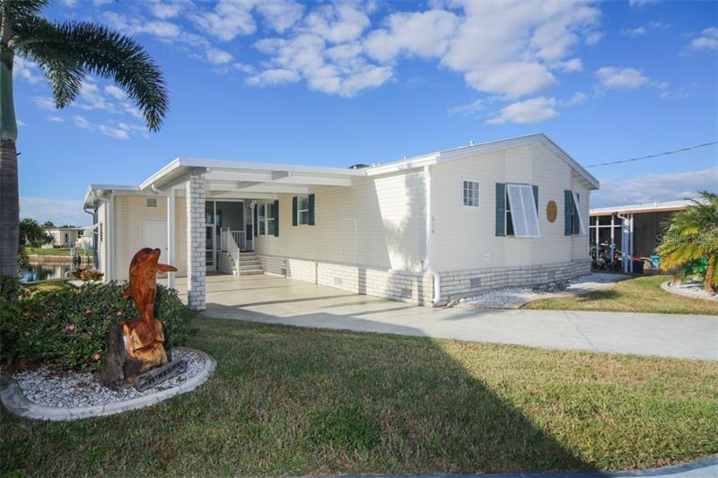516  WINDSOR,  NORTH PORT, FL