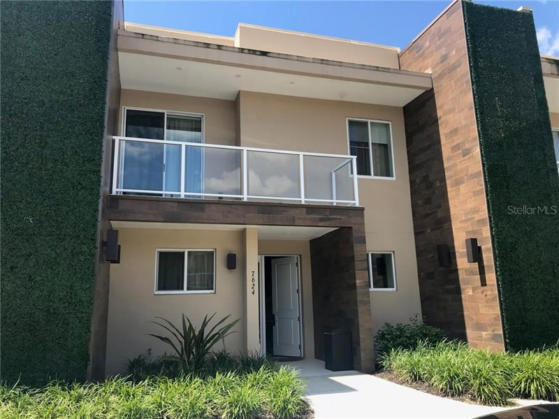 O5715990 Kissimmee Waterfront Condos, Condo Buildings, Condominiums FL