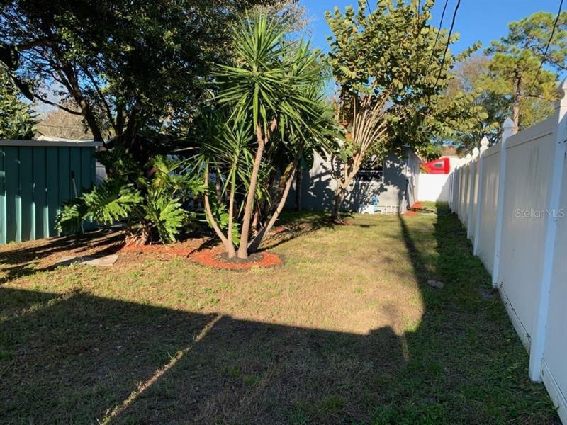 6810 N LIVINGSTON, ST PETERSBURG, FL, 33702