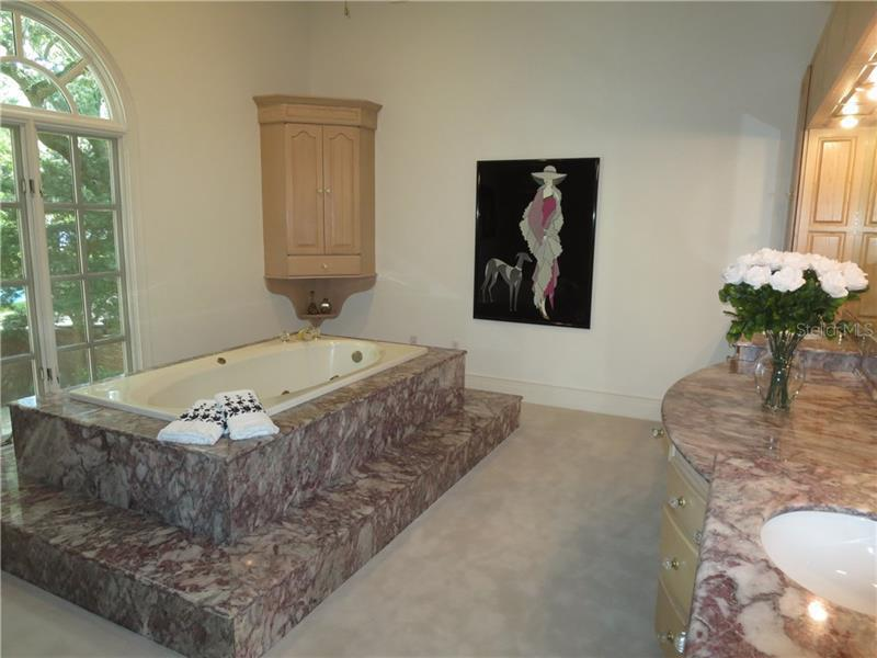 HOLDENS SUB HOMES FOR SALE