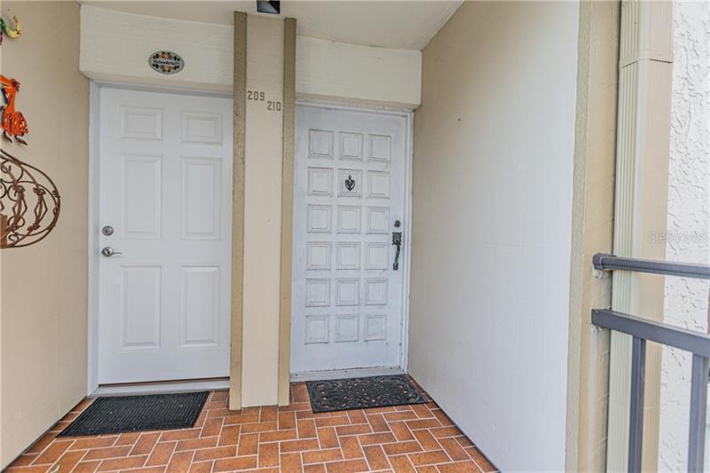 6051 SUN 210, ST PETERSBURG, FL, 33715