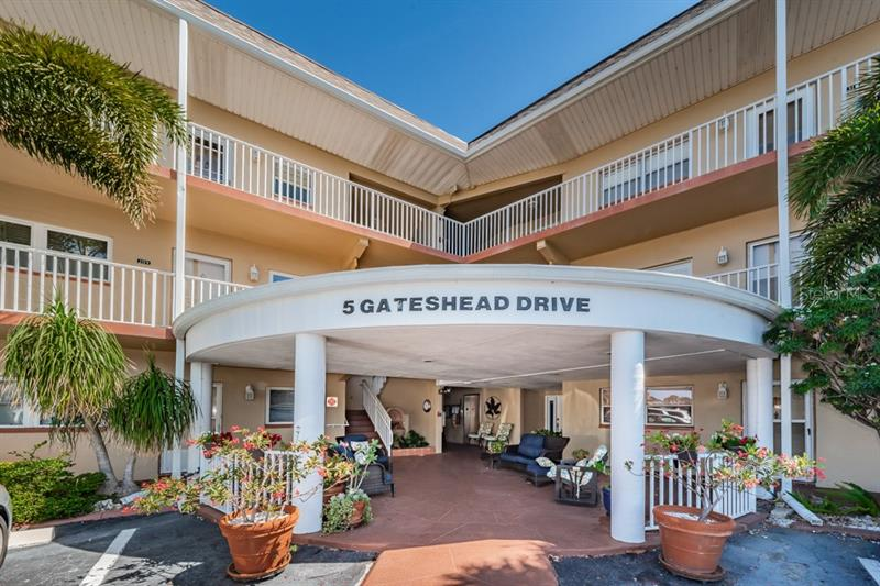 5  GATESHEAD,  DUNEDIN, FL