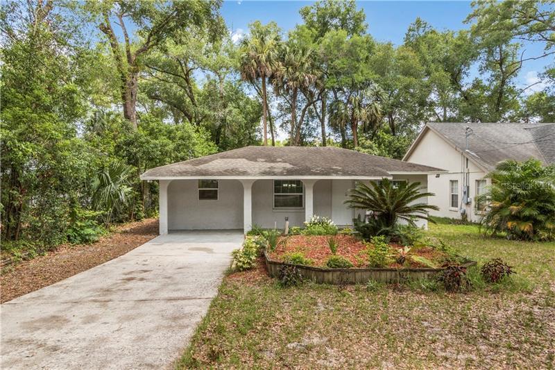 25341  SAINT ANNE,  MOUNT PLYMOUTH, FL