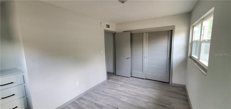 8200 N 26TH, ST PETERSBURG, FL, 33710