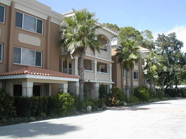 950  BROADWAY,  DUNEDIN, FL