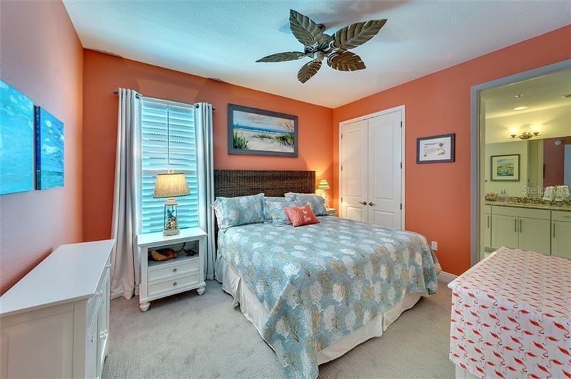 392 ARUBA 303, BRADENTON, FL, 34209