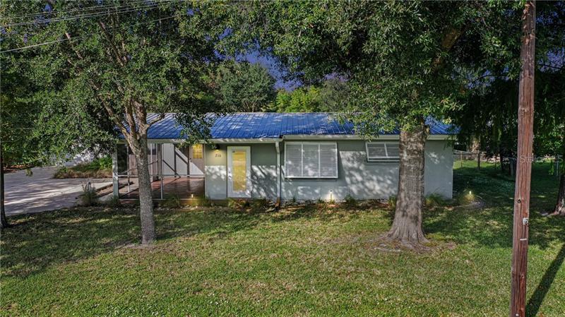 216  DELEON,  PORT CHARLOTTE, FL