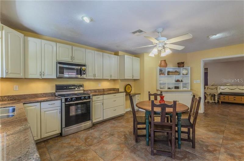 1235 N JUNGLE, ST PETERSBURG, FL, 33710