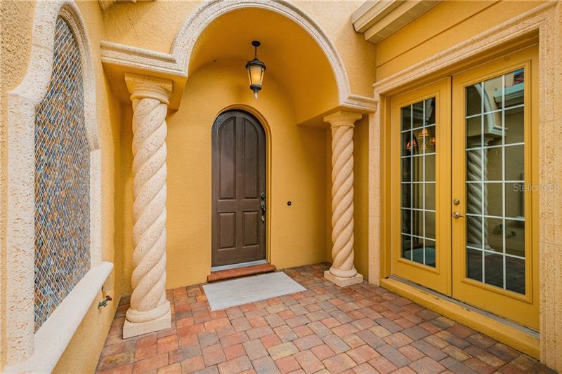 6211 LEGENDS, BRADENTON, FL, 34210