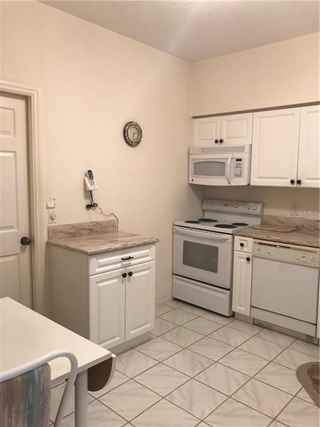 5503 FAIR OAKS 3-D, BRADENTON, FL, 34203