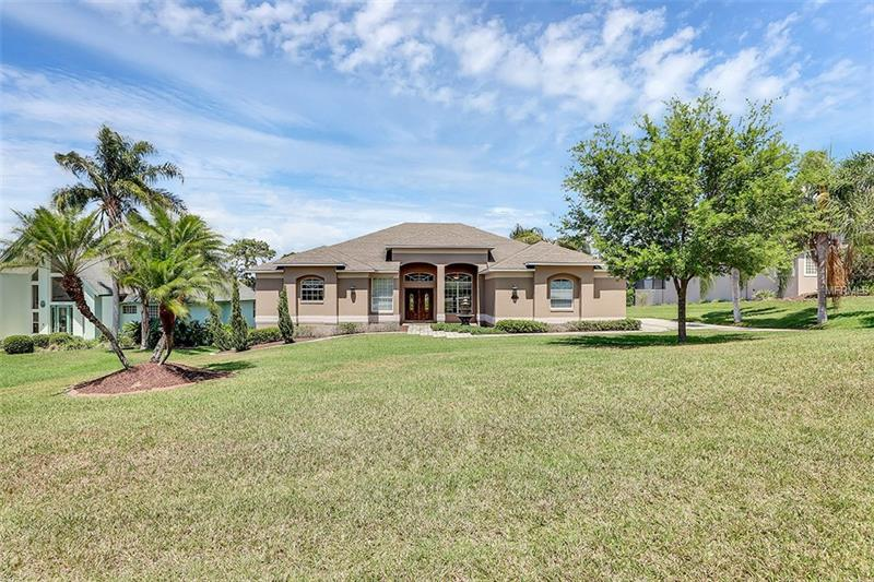 G4855026 Clermont Waterfront Homes, Single Family Waterfront Homes FL