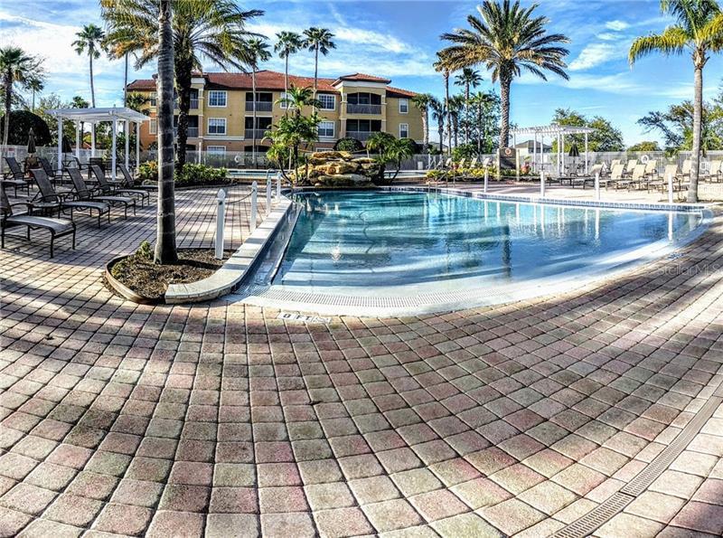 O5735826 Orlando Waterfront Condos, Condo Buildings, Condominiums FL