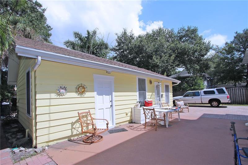 515 NE 19TH, ST PETERSBURG, FL, 33704