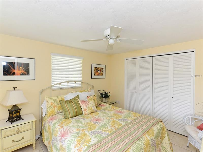 726 JUNGLE QUEEN, LONGBOAT KEY, FL, 34228