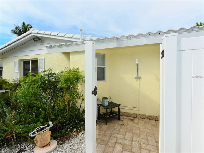 Photo of 726 Jungle Queen Way (A4196293) 35