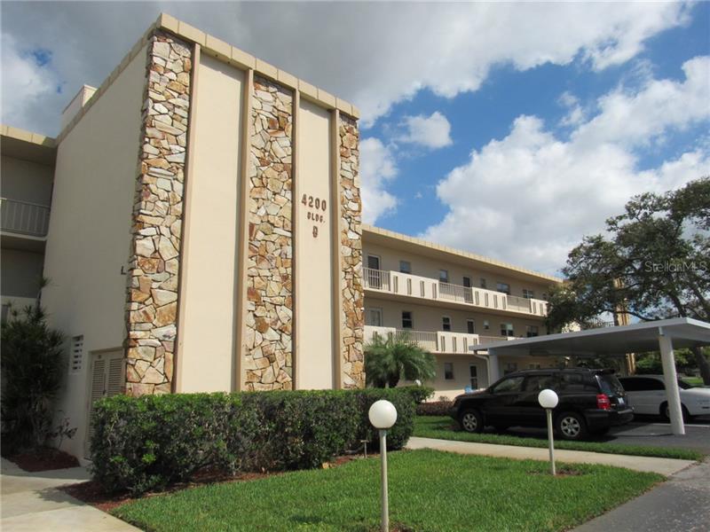 4200  IRONWOOD,  BRADENTON, FL