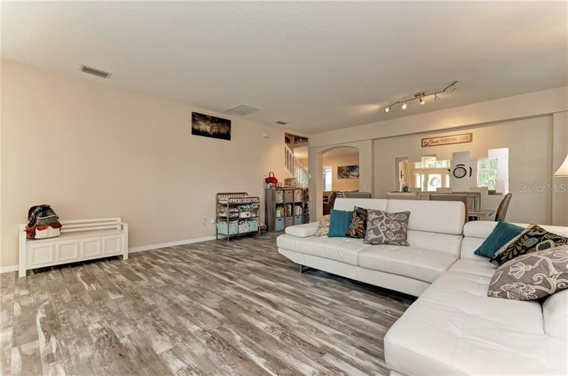 8999 STONE HARBOUR, BRADENTON, FL, 34212