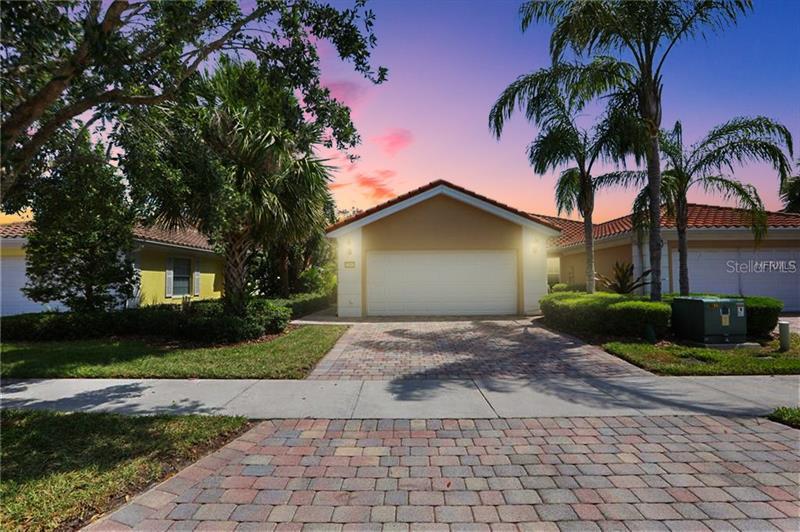 O5707093 Orlando Waterfront Homes, Single Family Waterfront Homes FL
