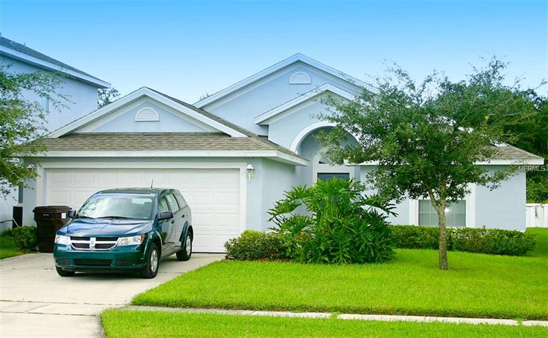 S5001593 Kissimmee Waterfront Homes, Single Family Waterfront Homes FL